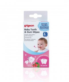 Pigeon Tooth & Gum Wipes - Strawberry