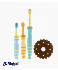 Richell T.L.I Baby Toothbrush Set - 8 Month